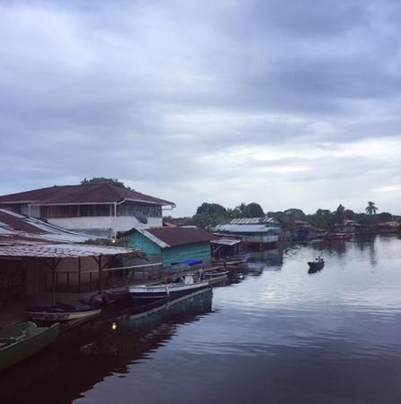 1. Hola Panama